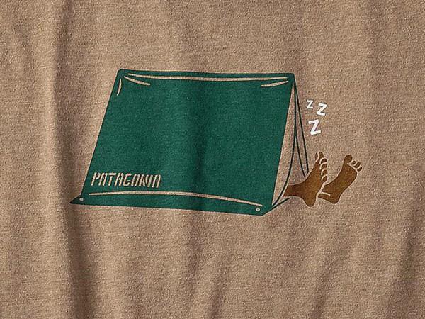 Patagonia_39055_Napping-Camper_Mens-T-Shirt_Mojave-Khaki Detail print