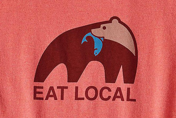 Patagonia_39071_Eat-Local_Womens-T-Shirt_spiced-coral_detail
