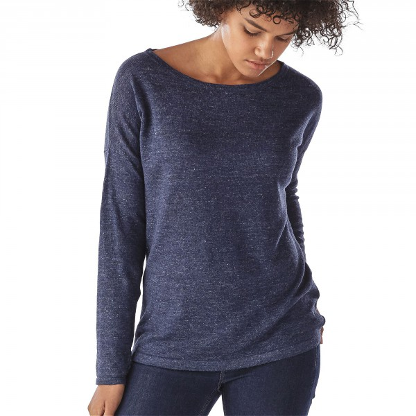 Patagonia_50435_Womens-lightweight-linen-Sweater_big-sur-blue_front angezogen