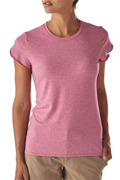 Patagonia_54716_Womens-Glorya-Tee_craft-pink von vorne angezogen