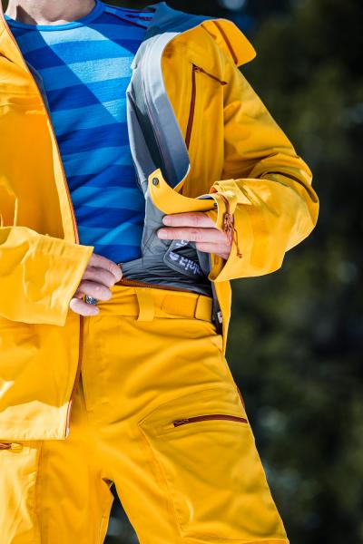 Snowboard Hose für Männer frost detaill Latz