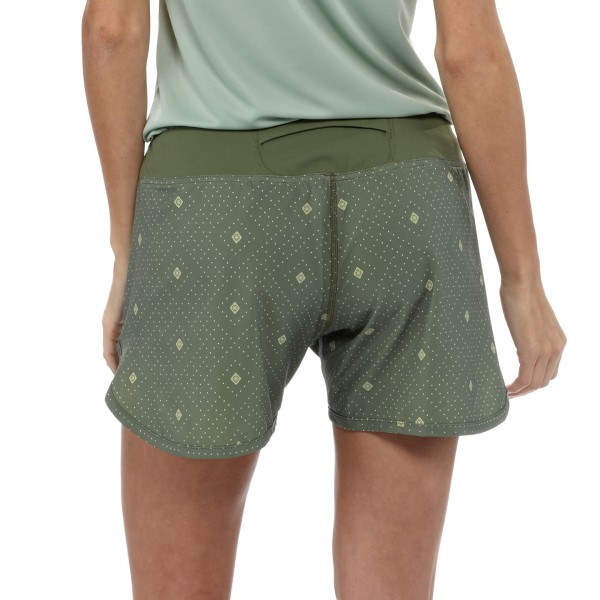 Womens Nine Trail Shorts - Laufshorts Camp Green back