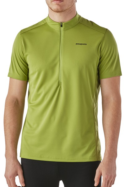 Patagonia Fore Runner Shirt kurzärmliges Lauf- und Radshirt für Herren von vorne
